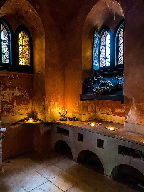 Interni del Castello del parco Durazzo Pallavicini per un weekend in liguria